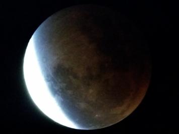 Lunar Eclipse Loveland, CO USA at 9:33pm